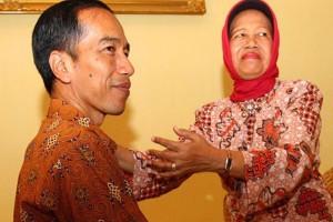 Jokowi dan ibunya Sujiatmi (TEMPO)