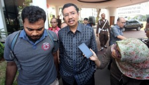 Wakil Gubernur Sumatera Utara T Erry Nuradi usai menjalani pemeriksaan oleh Tim penyidik satuan tugas khusus (Satgasus) Kejaksaan Agung (IST)