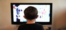 Efek Negatif Nonton TV Lebih Dari 3 Jam Sehari, Berbahaya!