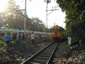 kereta-anjlok-manggarai-1
