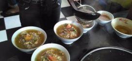 Kisah Nyata Penjual Soto Yosodipuran SOLO, Pengusaha Kuliner Wajib Baca
