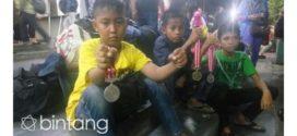 Kasihan, Para Atlet PON Asal Sulteng Terlantar di Stasiun, Netizen Terharu