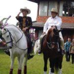 Jokowi dan Prabowo naik kuda (IST)