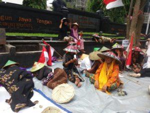 Demo warga Kendeng (IST)