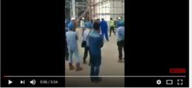 Ini Video Pekerja China Ajak Berantem Pekerja Lokal