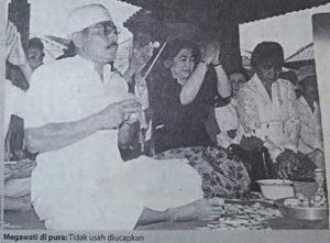 Megawati saat di Pura (IST)