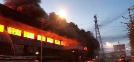 Kebakaran di Pasar Senen, Petugas Kerahkan 42 Unit Damkar