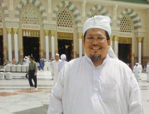 KH. Tengku Zulkarnain (IST)