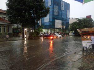 Banjir di Jalan bendung Hilir