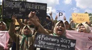 Pelajar menolak Hari Valentine (IST)
