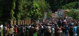 Amuk Massa Diduga Al Kitab Dibakar di Jayapura, Terlihat Siapa yang Anarkis