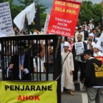 Demo meminta Ahok masuk penjara (IST)