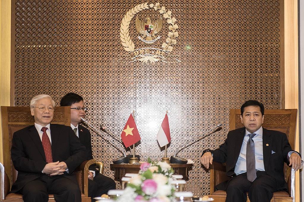Sekjen Partai Komunis Vietnam Nguyen Phu Trong  dan Ketua DPR Setya Novanto (IST)