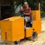 Sariman dan Alat mikinya - Foto: Kesugihan,com