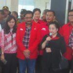 Megawati di antara Ahok-Djarot (IST)