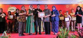 21 UKM Inspiratif Seluruh Indonesia Terima Penghargaan Smesco Award 2017 dari Menkop